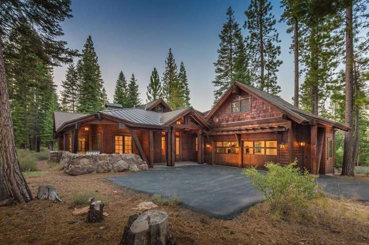 Lahontan Realty – Home 12  – 320 David Frink xxx