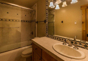 14-Lahontan-Home-12-Bath-2-WEB