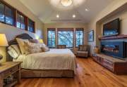 WEB-13-Lahontan-Realty-Home-178-master-bedroom