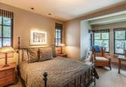 WEB-23-Lahontan-Realty-Home-360-361-guest-bedroom