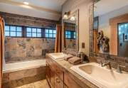 WEB-24-Lahontan-Realty-Home-360-361-guest-bathroom