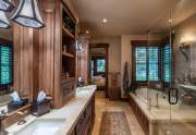 WEB-16-Lahontan-Realty-Home-374-Master-Bathroom