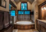 WEB-16-Lahontan-Realty-Home-4-master-bathroom