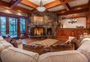 WEB-8-Lahontan-Realty-Home-490-greatroom-2